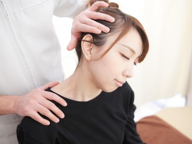 頸椎のズレを整えることで症状を改善する施術です
